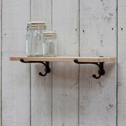 Cast iron brackets and oak shelfsmall cboa02