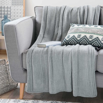 Kernevel grey fabric throw 127 x 152 cm 1000 16 40 170764 1