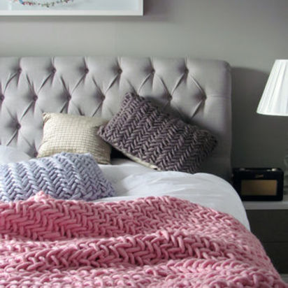 Normal alice chunky knit throw