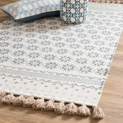 Toulon white cotton fringed rug with blue motifs 90 x 150 cm 1000 4 29 170548 1